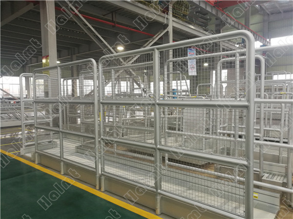aluminum guardrail with net.jpg
