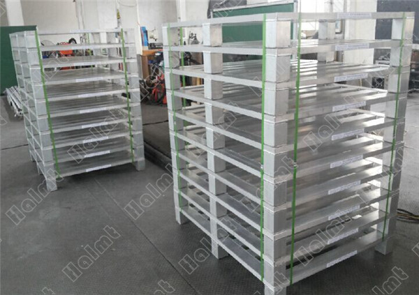 Customized Aluminum Pallet.jpg