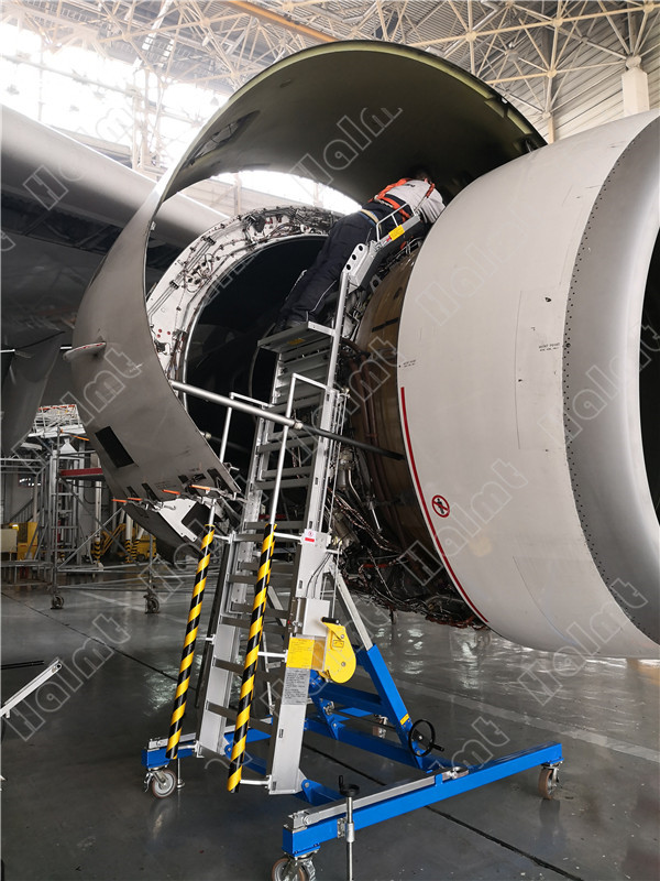 A330 Engine Cowl Stand.jpg